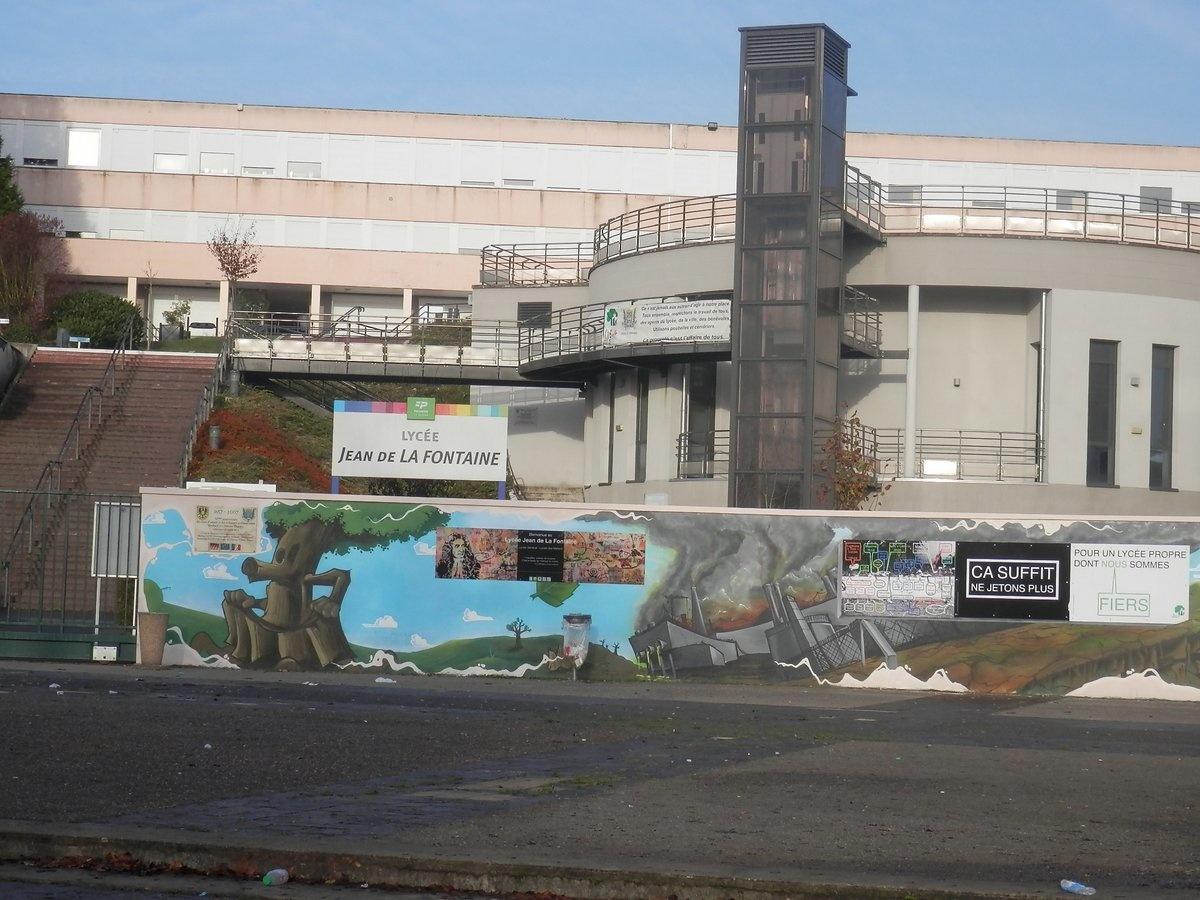Espace Estruch – Lycée Jean de La Fontaine